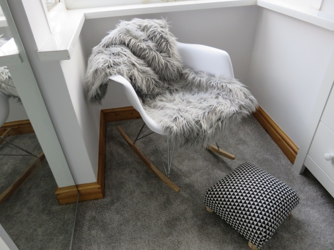 nursery-rocking-chair