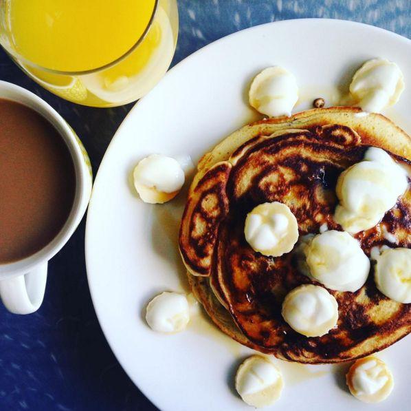 pancakes-banana
