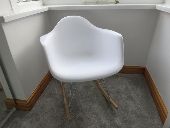 replica-eames-rar-rocking-chair-white