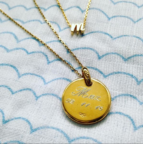 engraved-necklace